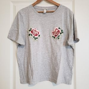 H&M embroidered rose T-shirt. Size XL